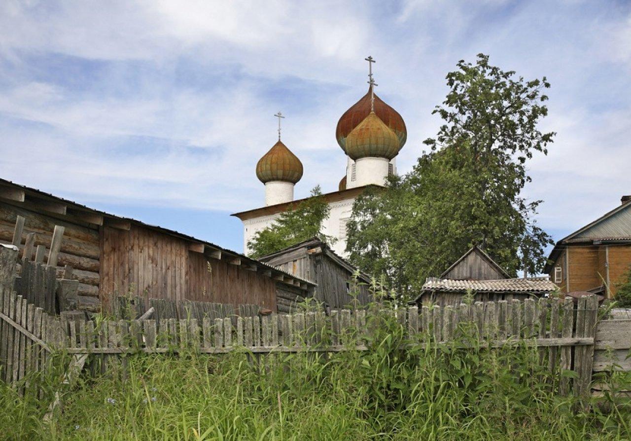 Благовещенская церковь в Каргополе. Фото: Shevchenko Andrey / Shutterstock
