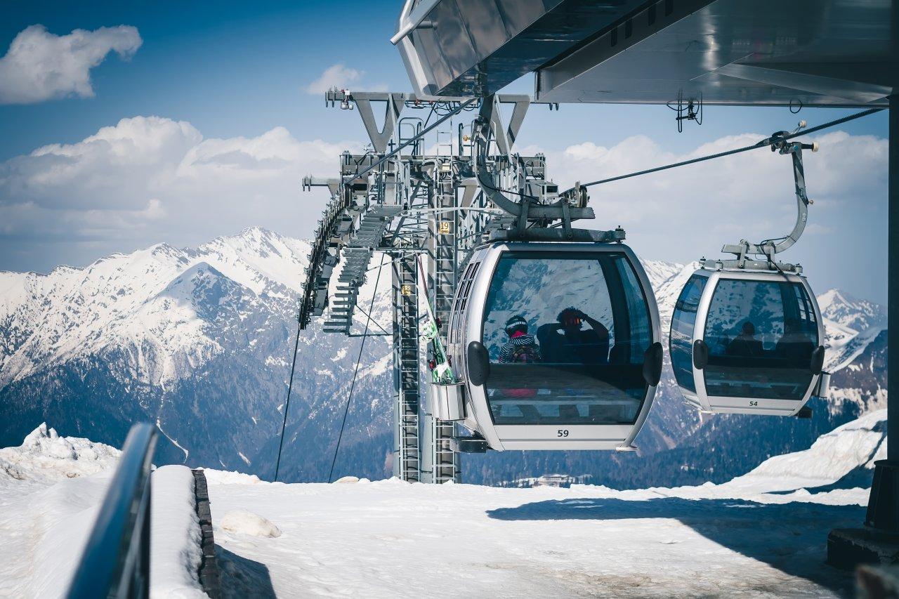 Подъёмники «Розы Хутор». Фото: KvaS / Shutterstock.com