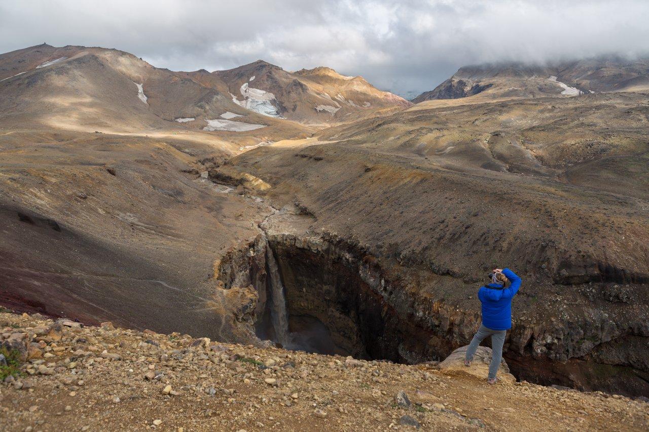 Каньон опасный, расположенный неподалёку от вулкана Мутновский. Фото: yykkaa/Shutterstock